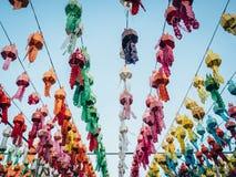 Kolorowa lampa i lampion w Loi Krathong Wat Phra Który Haripunc obraz royalty free