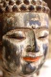 Kolorowa twarz Buddha ono uśmiecha się Zdjęcia Royalty Free