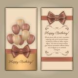 Kolorowa wektorowa urodzinowa karta z tekst przestrzenią Dekorujący z faborkiem, łękiem i balonami na lekkim tle, Obrazy Stock