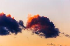 Kolorowe chmury nad Wschodnim Frisia Zdjęcia Royalty Free