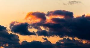 Kolorowe chmury nad Wschodnim Frisia Obraz Royalty Free