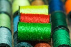 kolorowe hafciarskie nici Fotografia Stock
