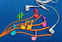 Kolorowe muzykalne notatki robić plastelina Zdjęcie Stock