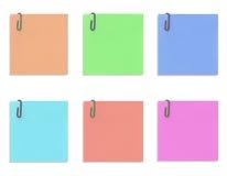 Kolorowe papier notatki odizolowywać na białym tle Zdjęcia Stock