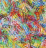 Kolorowe Papierowe klamerki Fotografia Stock