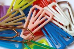 Kolorowe papierowe klamerki closeup-02 Zdjęcie Royalty Free
