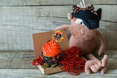 Kolorowe pirata tematu urodziny babeczki Fotografia Stock