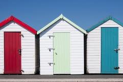Kolorowe Plażowe budy Zdjęcie Stock