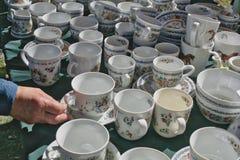 Kolorowe porcelan filiżanki fotografia royalty free