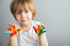 kolorowe ręki malować farby obrazy stock