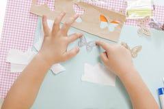 kolorowe rzemioseł samochodowego zielonego światła domu dzieci makro papierowe zrobić ołówki czerwony nożyczki strzał Zdjęcia Royalty Free