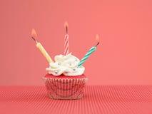 Kolorowe słodka bułeczka świeczki Zdjęcia Stock