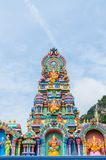 Kolorowe statuy przy Batu Jaskiniową świątynią, Kuala Lumpur Malezja obraz stock