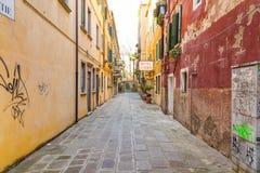 Kolorowe ulicy Wenecja obraz stock