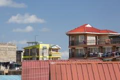 Kolorowi afrykanów domy w Nairobia, Kenja Obraz Stock
