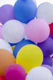 Kolorowi balony wewnątrz Zdjęcia Royalty Free