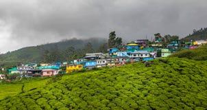 Kolorowi budynki w górach Fotografia Royalty Free