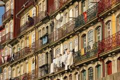 Kolorowi budynki w starym miasteczku. Porto. Portugalia Obraz Royalty Free