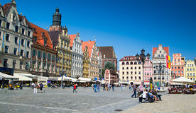 Kolorowi budynki w Wrocławskim centrum miasta Fotografia Stock