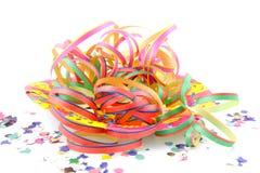 kolorowi confetti bawją się streamers Obrazy Stock