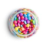 Kolorowi czekoladowi cukierki w słoju obrazy royalty free