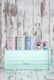 Kolorowi Drewniani chlebów pudełka dla Chlebowy Utrzymywać Zdjęcie Royalty Free