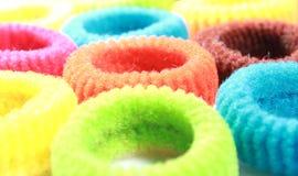 Kolorowi elastyczni włosów zespoły z horyzontalną ramą Fotografia Stock
