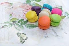 kolorowi francuscy macarons Obrazy Stock
