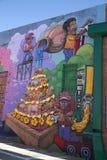 Kolorowi graffiti na ściana z cegieł Zdjęcia Royalty Free