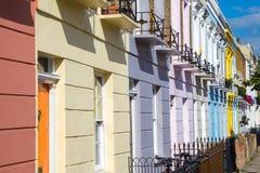 Kolorowi ikonowi domy Camden miasteczko - Londyn, Zjednoczone Królestwo Zdjęcie Stock