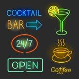 Kolorowi jarzy się neonowych świateł graficzni projekty dla kawiarni i baru znaków na czarnym tle ilustracja wektor