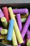 Kolorowi kreda kije obraz stock