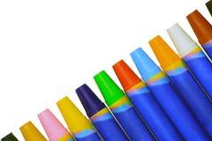 Kolorowi kredki przekątny kierunki zdjęcia royalty free
