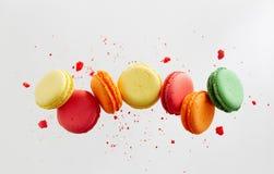 Kolorowi macarons torty zdjęcie royalty free