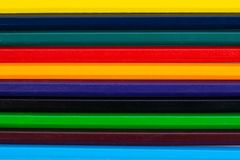 Kolorowi ołówki jako tło fotografia stock