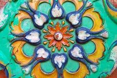 Kolorowi ogony Stara kościelna fasada w Yaroslavl, Rosja obraz royalty free