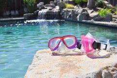 Kolorowi pływanie gogle Zdjęcia Royalty Free