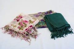 Kolorowi pashminas lub szaliki Zdjęcia Royalty Free