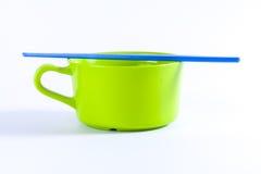 Kolorowi puchary z chopsticks Fotografia Stock