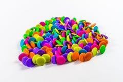 Kolorowi thumbtacks obrazy stock