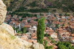 Kolorowi tradycyjni ottoman domy i meczet w Afyon, turczynka Obrazy Royalty Free