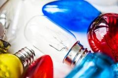 Kolorowi tubk światła na bielu zdjęcie stock