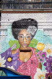 Kolorowi uliczni graffiti na ścianie Fotografia Royalty Free