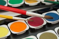 Kolorowi watercolour, czerwieni i koloru żółtego muśnięcia Obraz Royalty Free