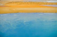 Kolorowy, abstrakcjonistyczny, naturalny wzór w Yellowstone parku narodowym, Wyoming, usa Obraz Royalty Free