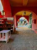 Kolorowy archway taras Gianni Franzi restauracja w Verna obrazy stock
