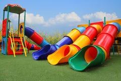 Kolorowy boisko park jest budów szczęśliwymi dziećmi Obraz Stock