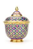 Kolorowy ceramiczny artykuły handcraft puchar odizolowywającego na białym backgroun zdjęcia royalty free