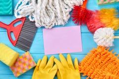 Kolorowy cleaning dostaw skład Fotografia Stock