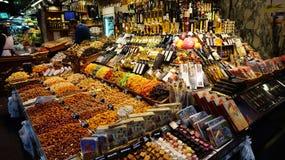 Kolorowy cukierek i napoje w sławnym losie angeles Boqueria wprowadzać na rynek Obrazy Stock